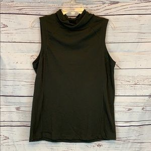 Lululemon Sleeveless Slouch Turtleneck Sz 6/8!